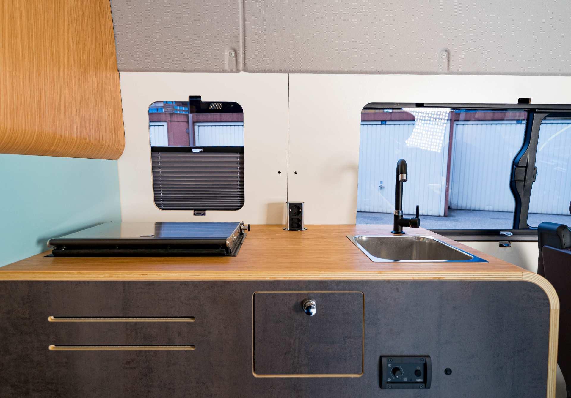Individualausbau: Full House VW Crafter - 4