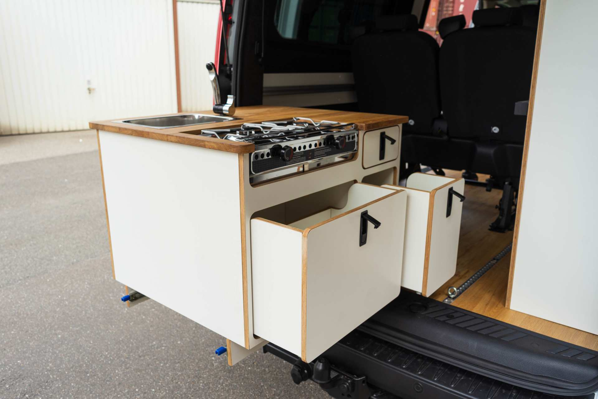Individualausbau: EXPEDITION Ford Transit Custom, langer Radstand - 1