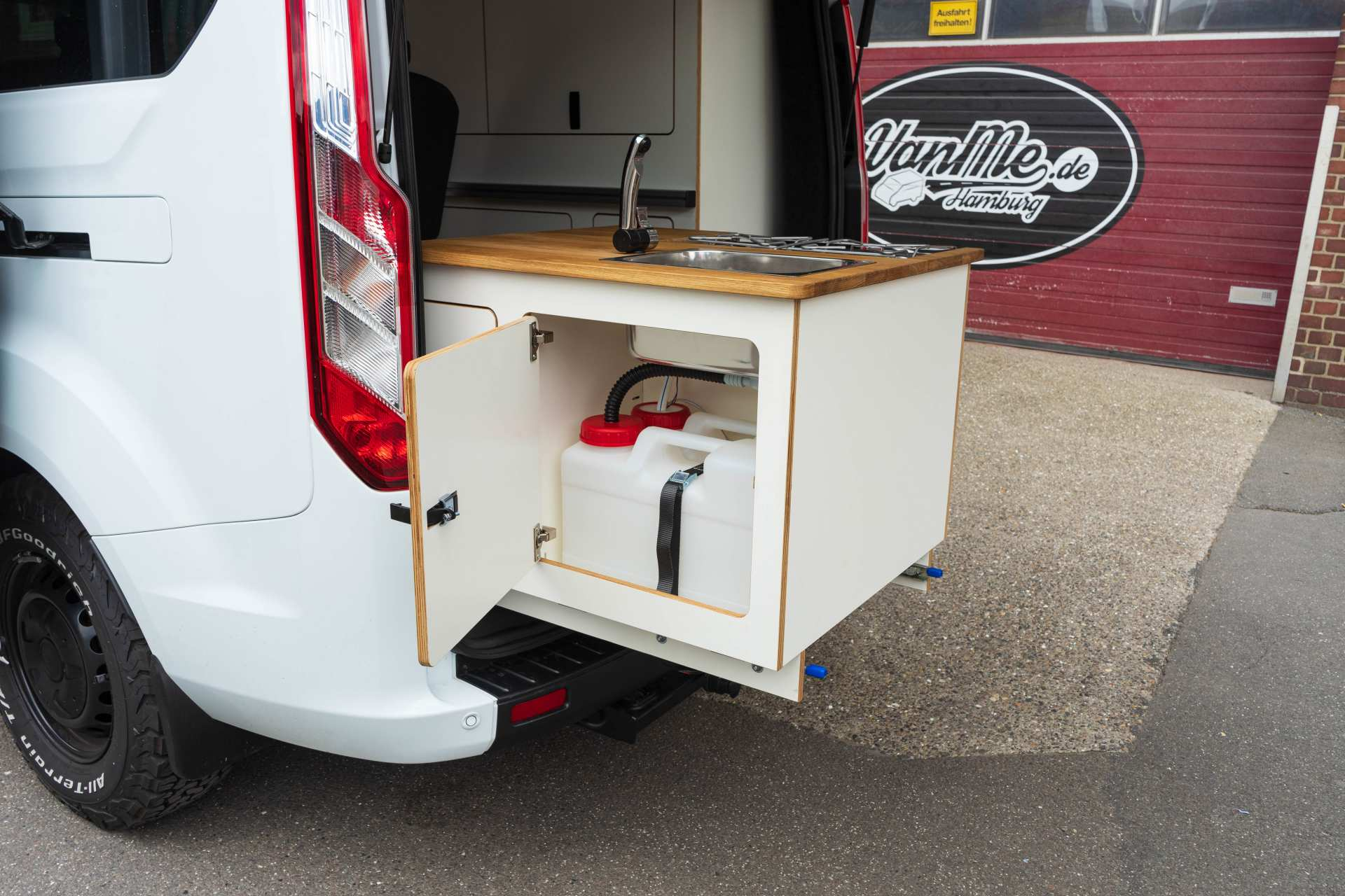 Individualausbau: EXPEDITION Ford Transit Custom, langer Radstand - 9
