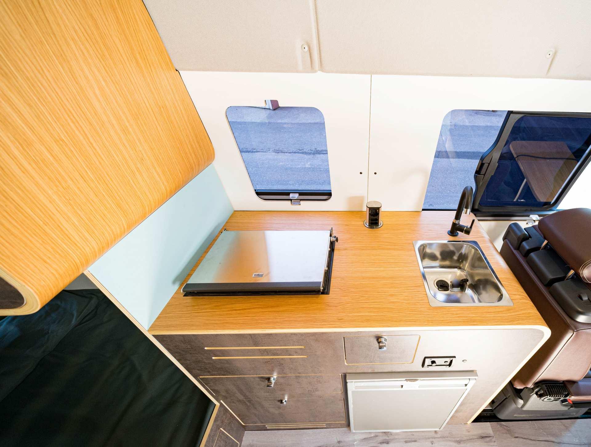 Individualausbau: Full House VW Crafter - 9