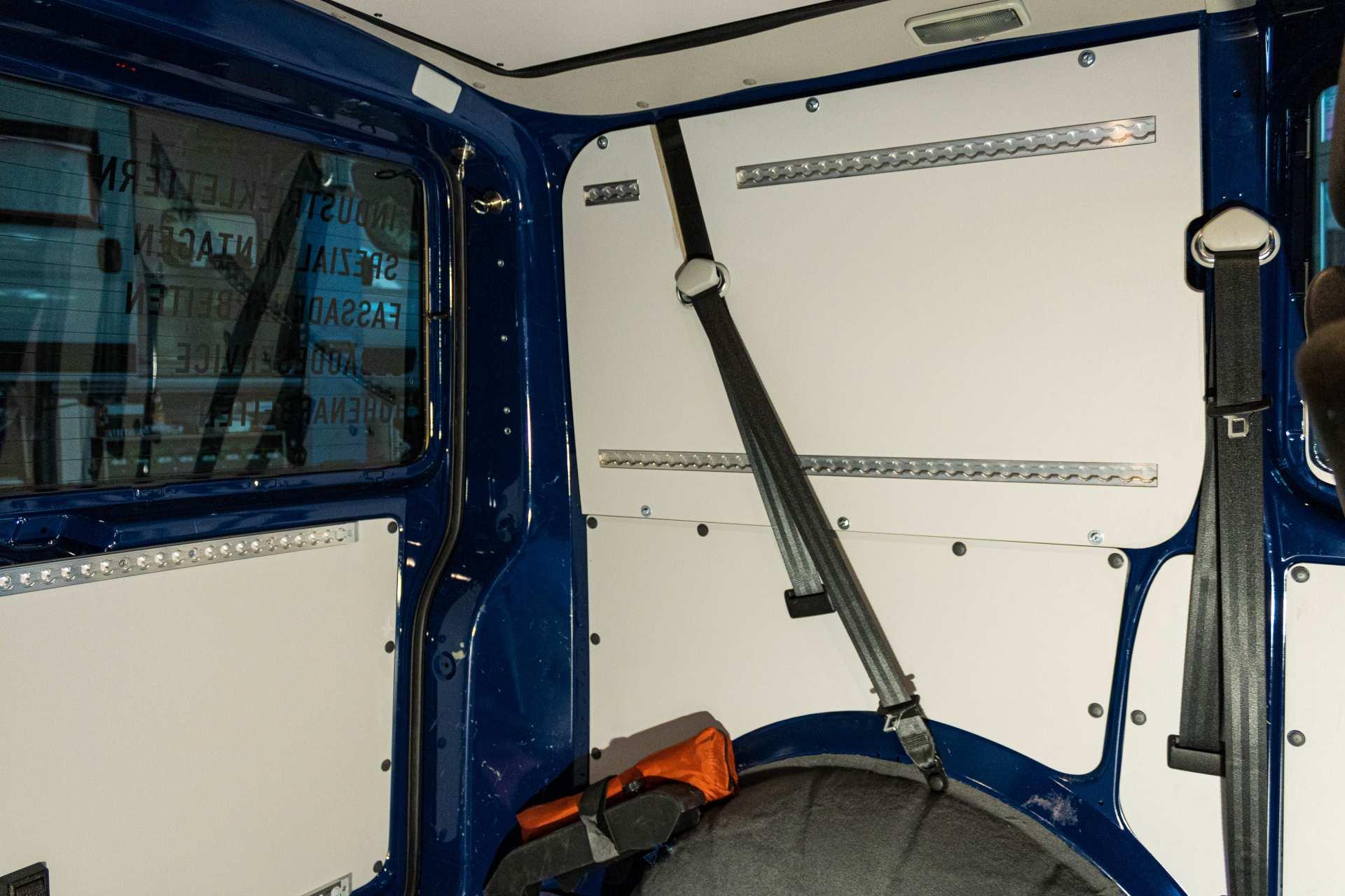 Individualausbau: Arbeitsbiene VW T6 - 4