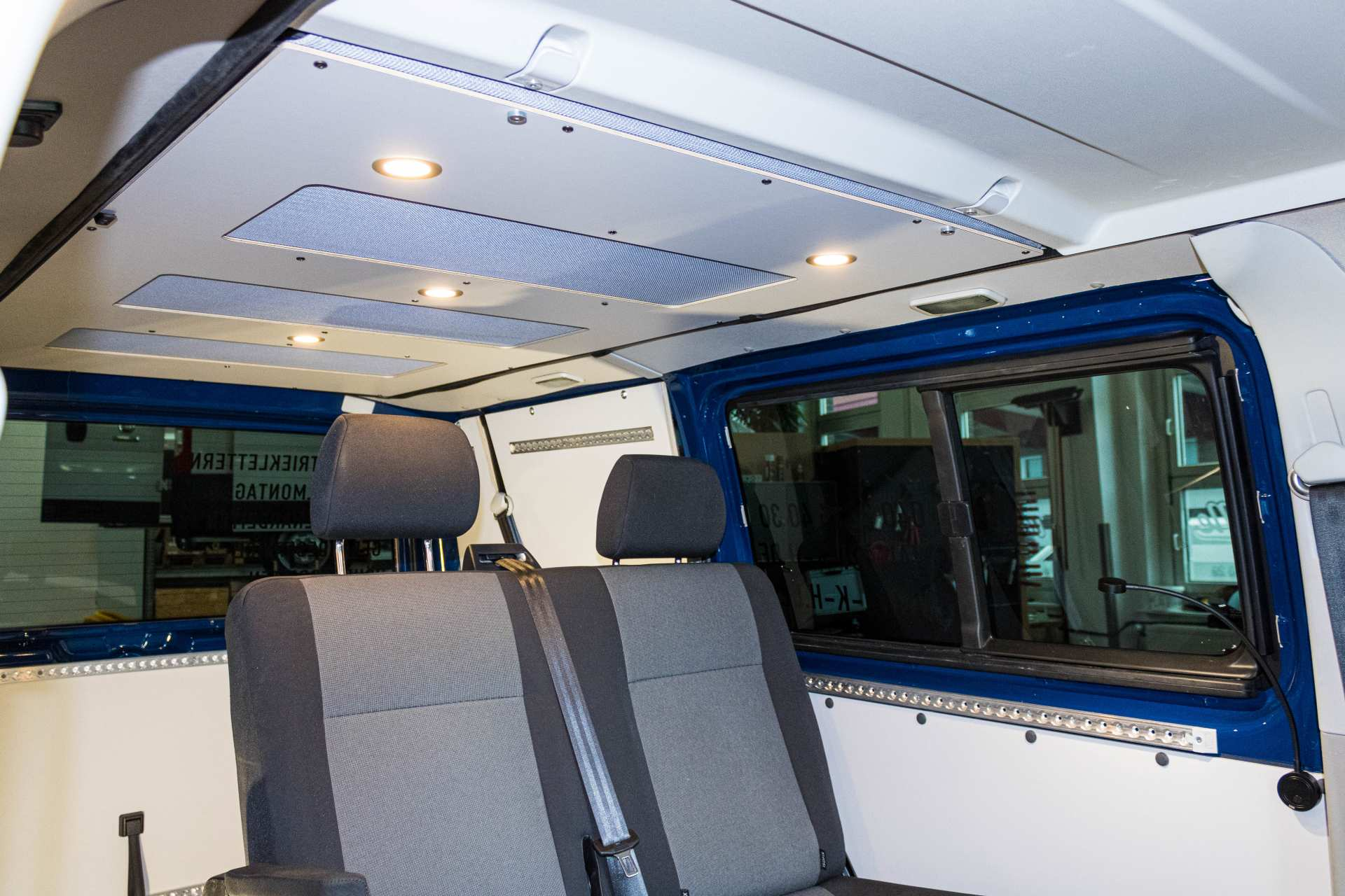 Individualausbau: Arbeitsbiene VW T6 - 3