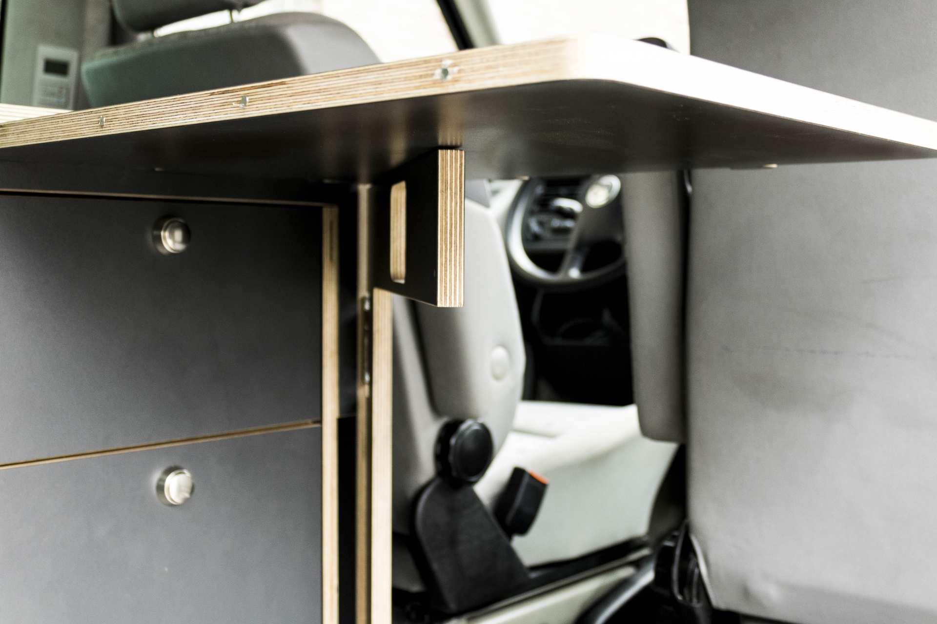 Individualausbau: Tower Campervanmöbel - 5