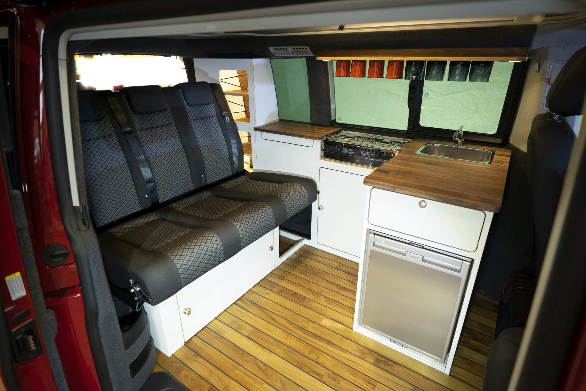 Individualausbau: VeddLiner VW T6.1 California - 4