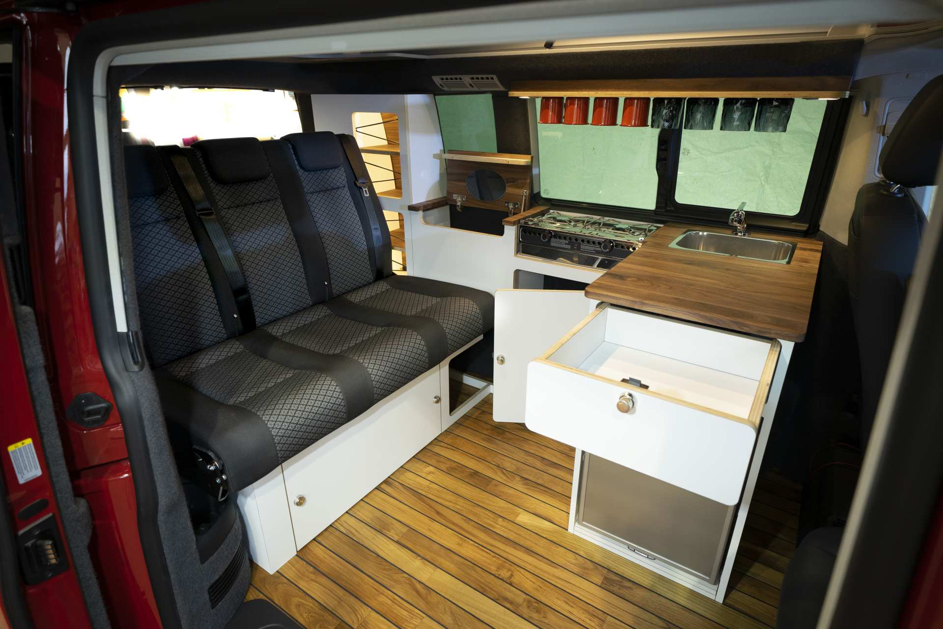 Individualausbau: VeddLiner VW T6.1 California - 6