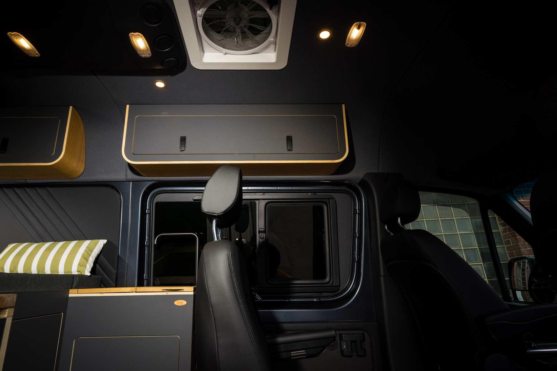 Individualausbau: Mercedes L2 H2 Mixto - 4