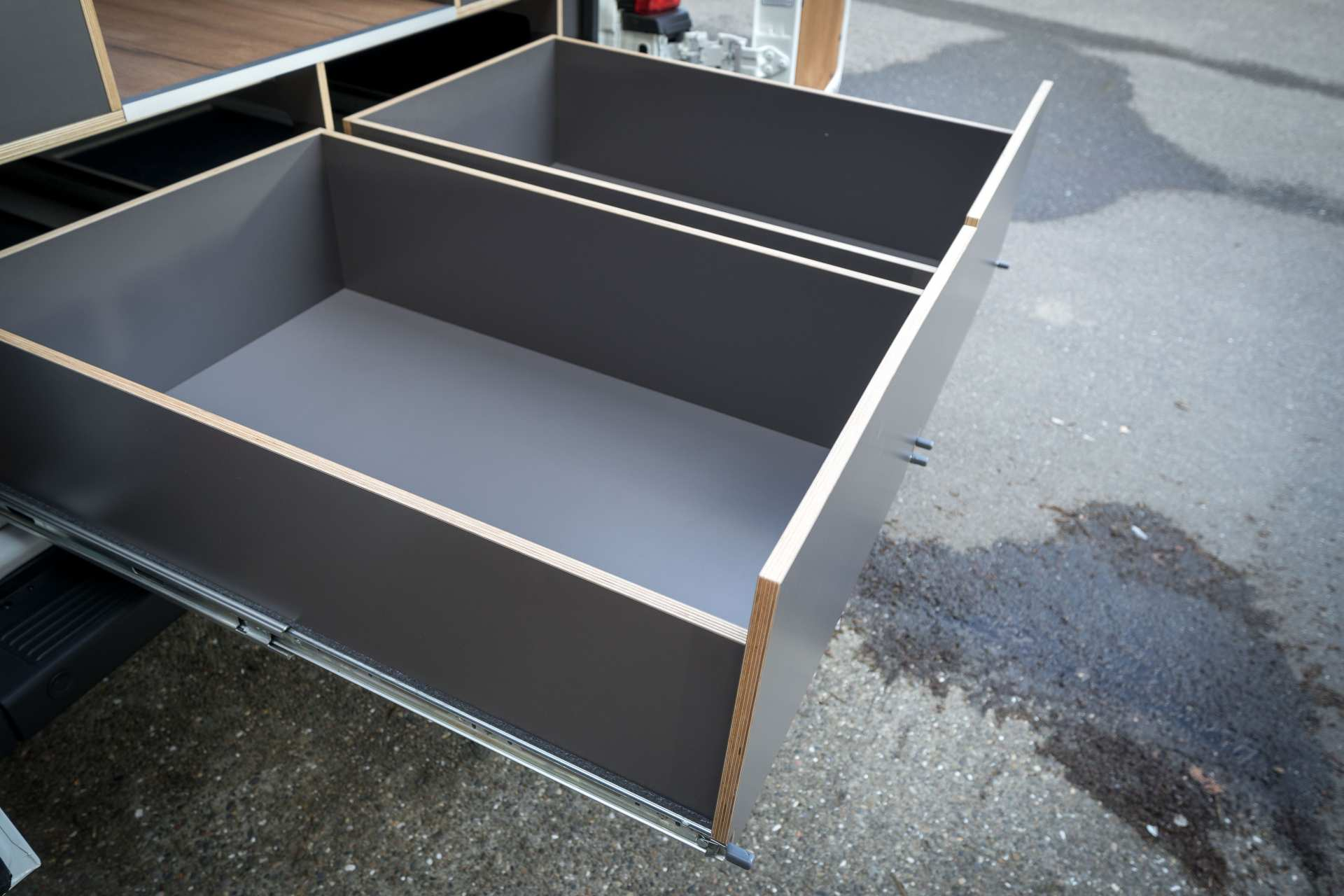 Individualausbau: Zwei-Raumwohnung Peugeot Boxer L2 H2 - 12