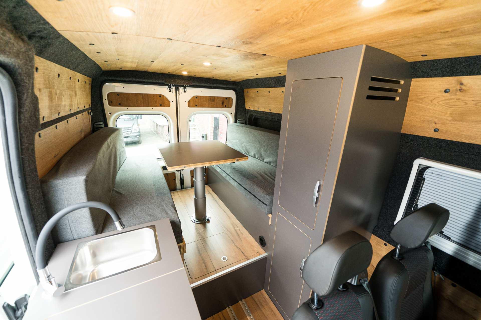 Individualausbau: Zwei-Raumwohnung Peugeot Boxer L2 H2 - 13