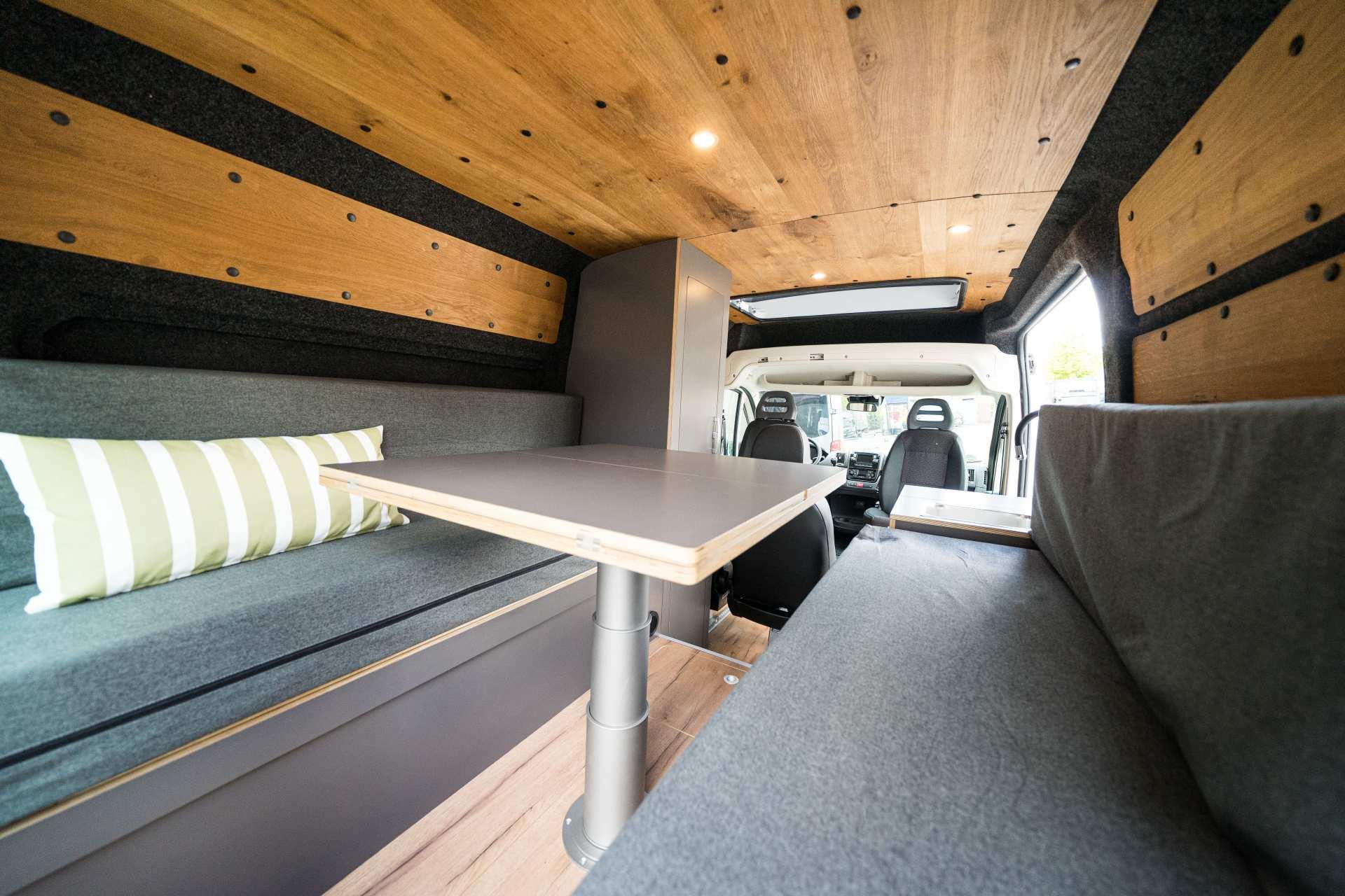 Individualausbau: Zwei-Raumwohnung Peugeot Boxer L2 H2 - 14