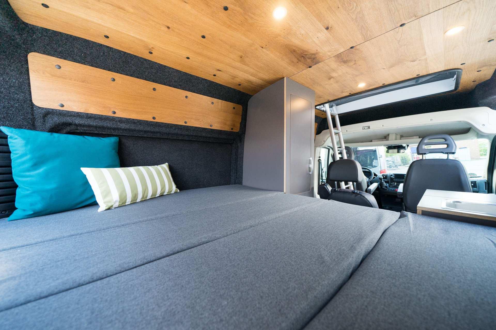 Individualausbau: Zwei-Raumwohnung Peugeot Boxer L2 H2 - 20