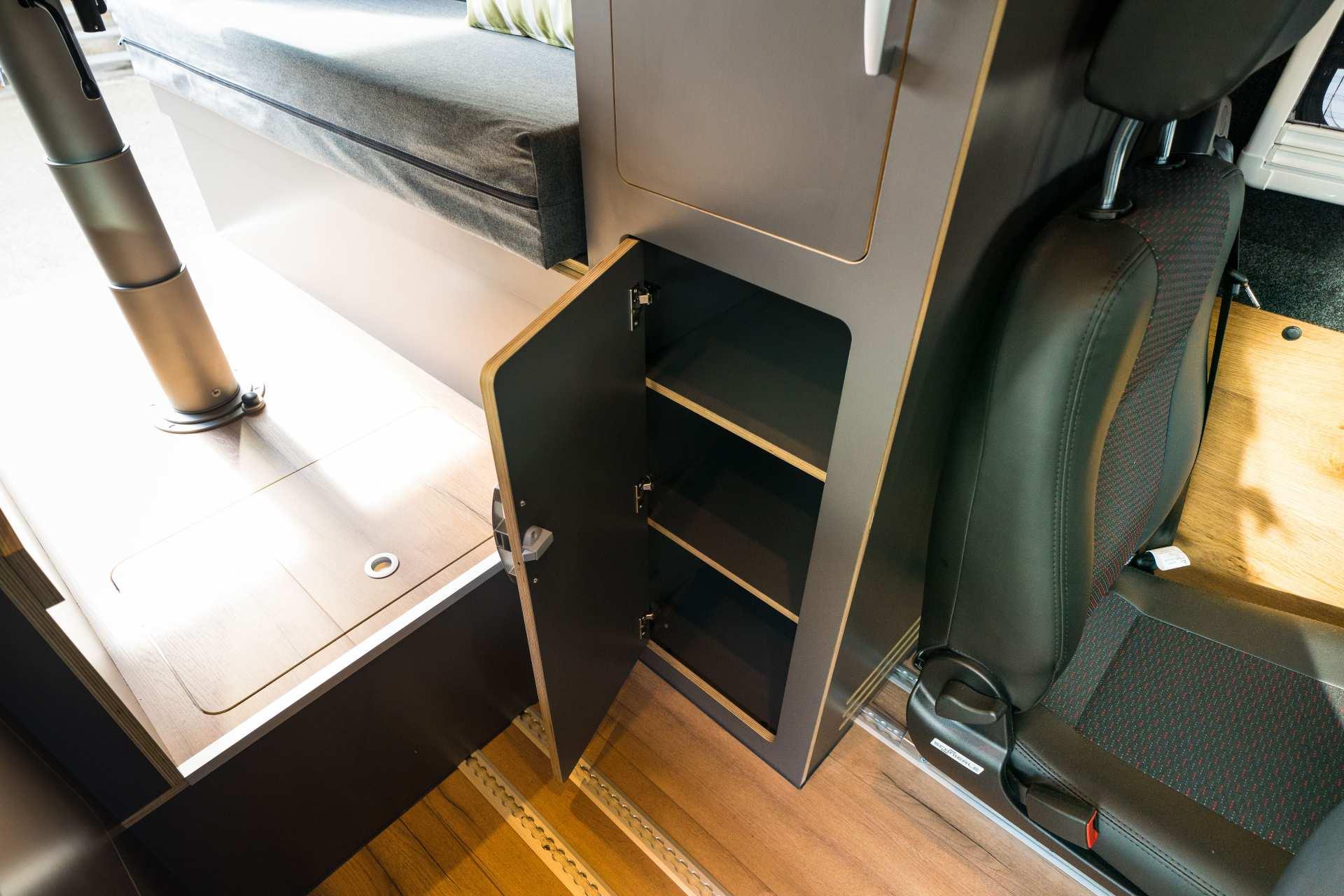 Individualausbau: Zwei-Raumwohnung Peugeot Boxer L2 H2 - 26