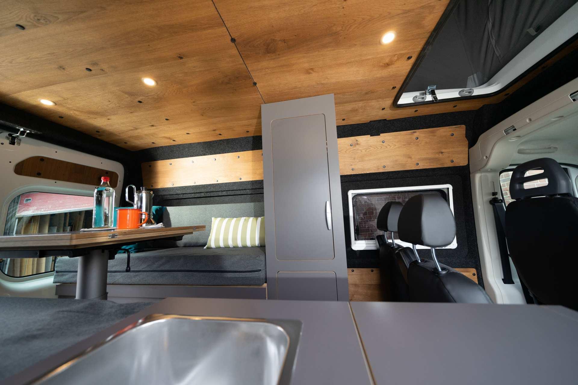 Individualausbau: Zwei-Raumwohnung Peugeot Boxer L2 H2 - 33