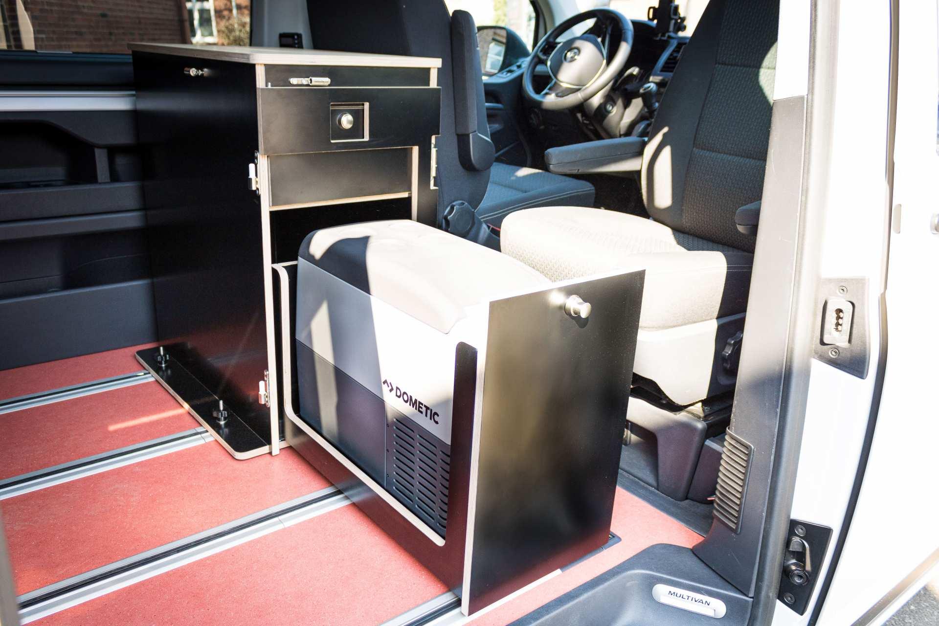Individualausbau: Multi-Tower VW T6 Multivan - 7