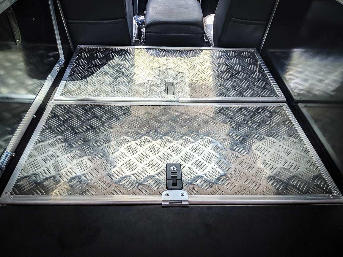 Individualausbau: Land Rover Defender 110 - 15
