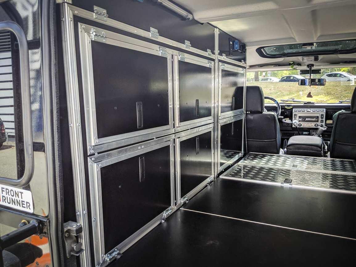 Individualausbau: Land Rover Defender 110 - 16