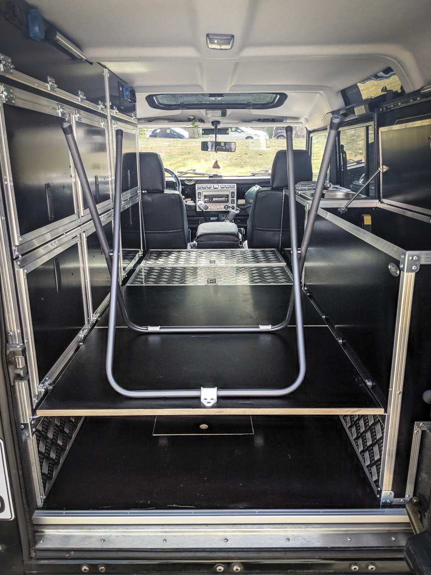 Individualausbau: Land Rover Defender 110 - 18