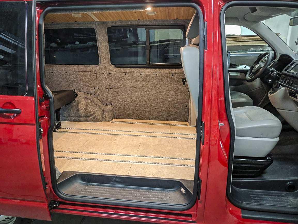 Individualausbau: VW T6 mit Klimahimmel - 12
