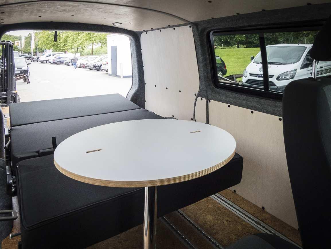 3 in 1 Konzept: VW T6 ganz in Weiß - 2