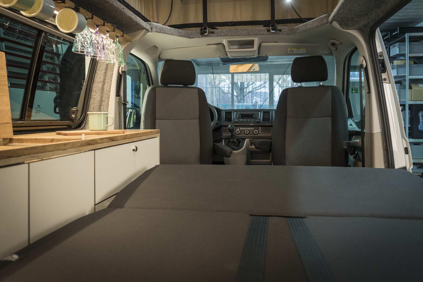 Individualausbau: VW T6 individueller und heller - 13