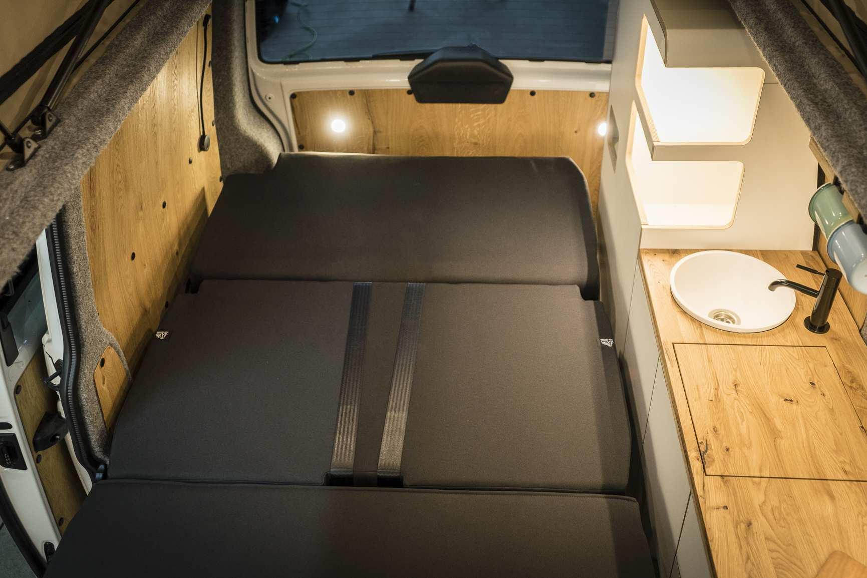 Individualausbau: VW T6 individueller und heller - 10
