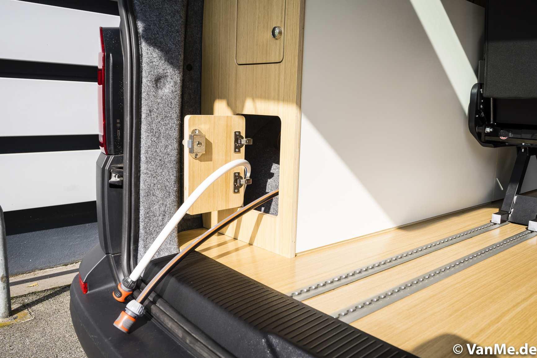 Streamline: VW T6 mit The Streamline Möbel (Long Version) - 4