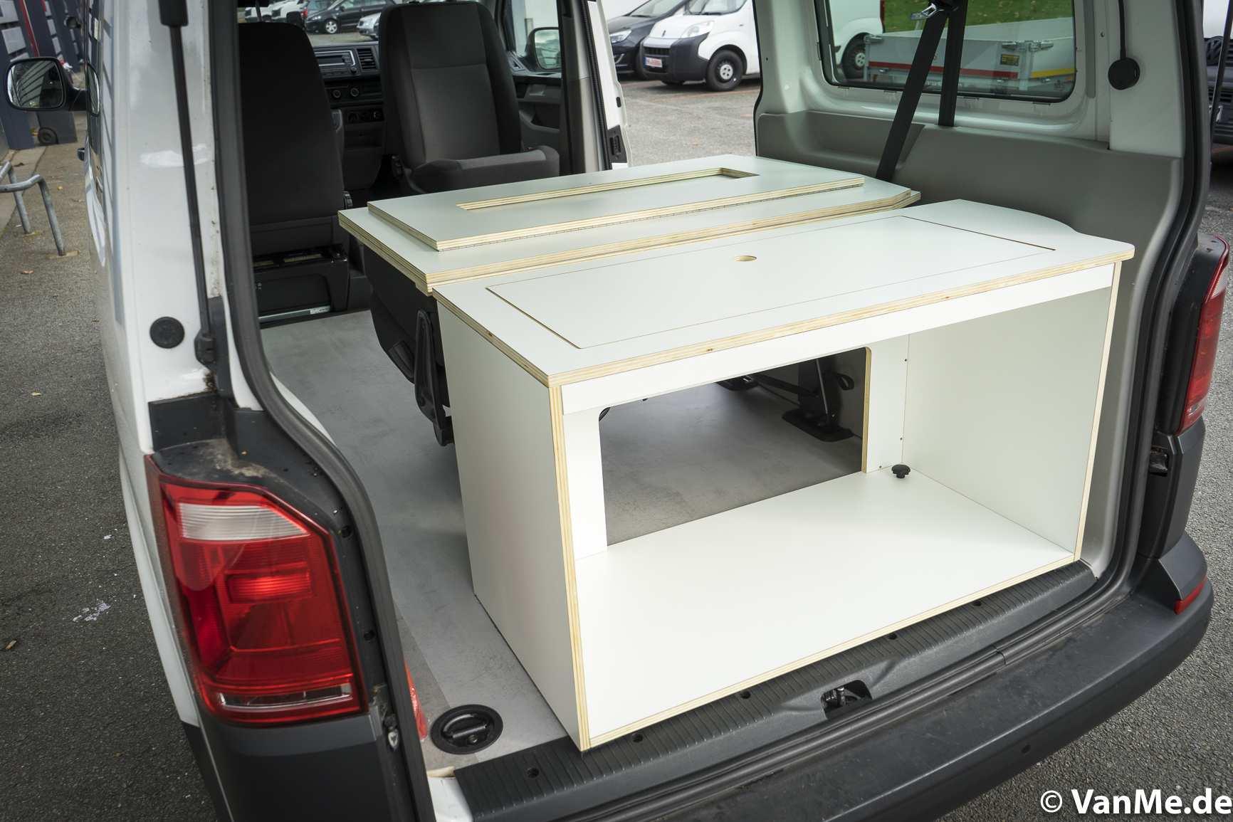 Individualausbau: VW T6 Individual Schlafmöbel - 3