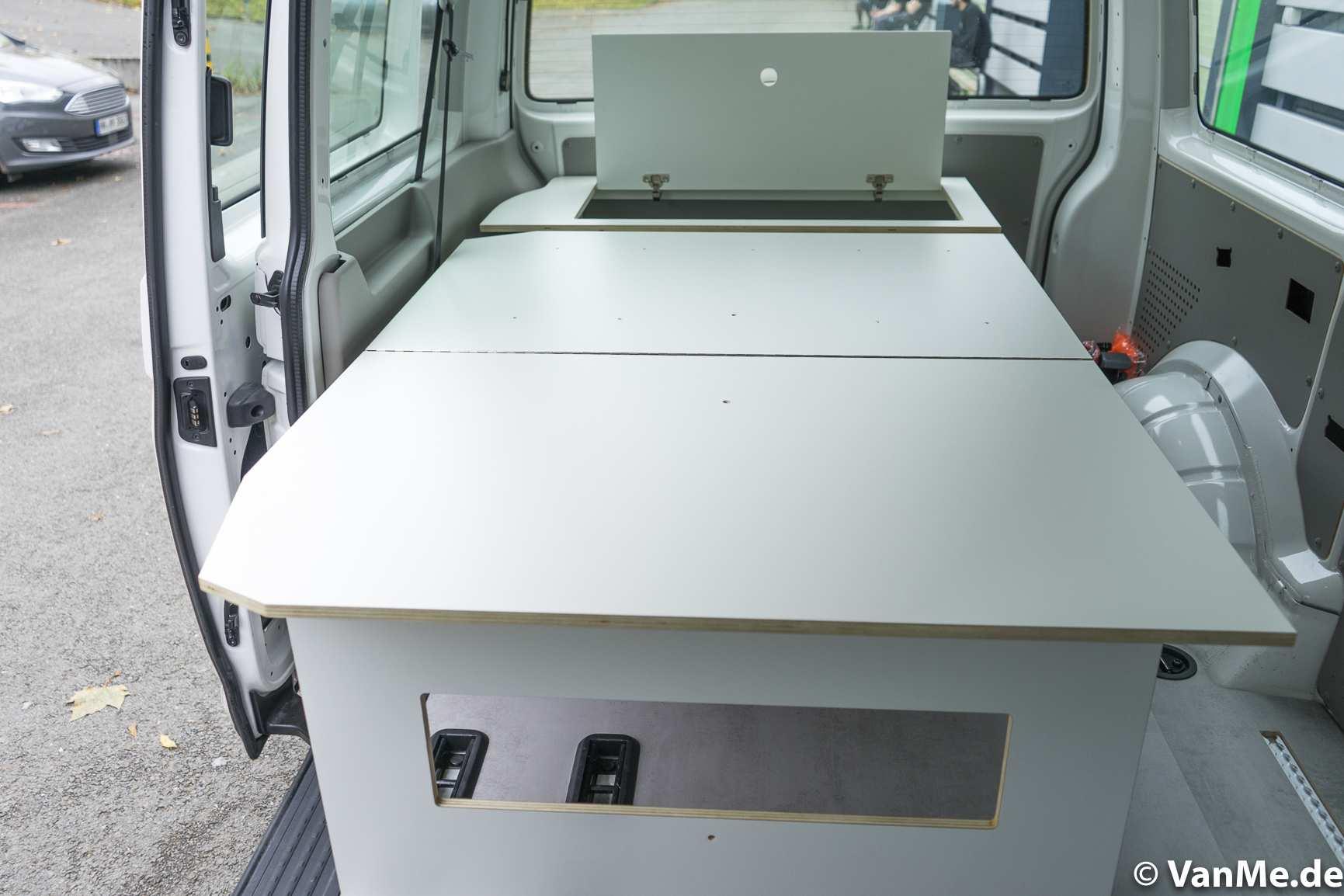 Individualausbau: VW T6 Individual Schlafmöbel - 12