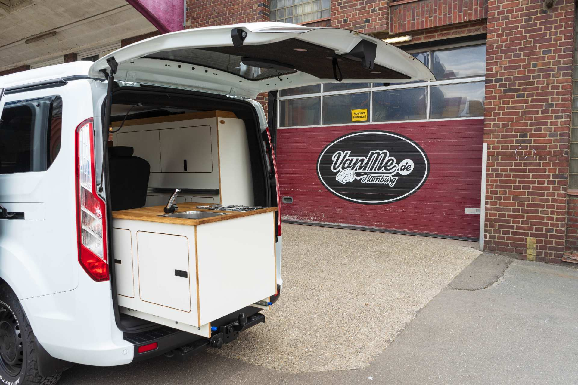 Individualausbau: EXPEDITION Ford Transit Custom, langer Radstand - 5