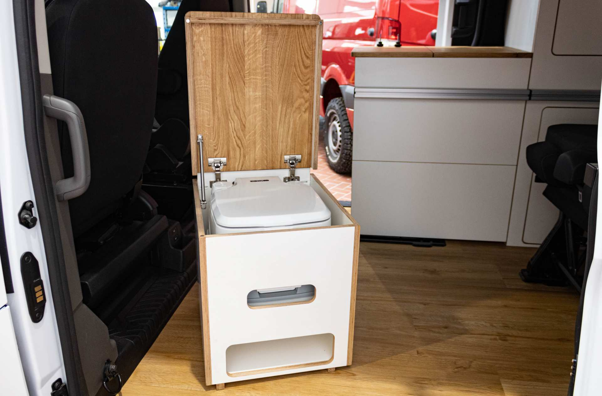 Ford Transit Camping WC