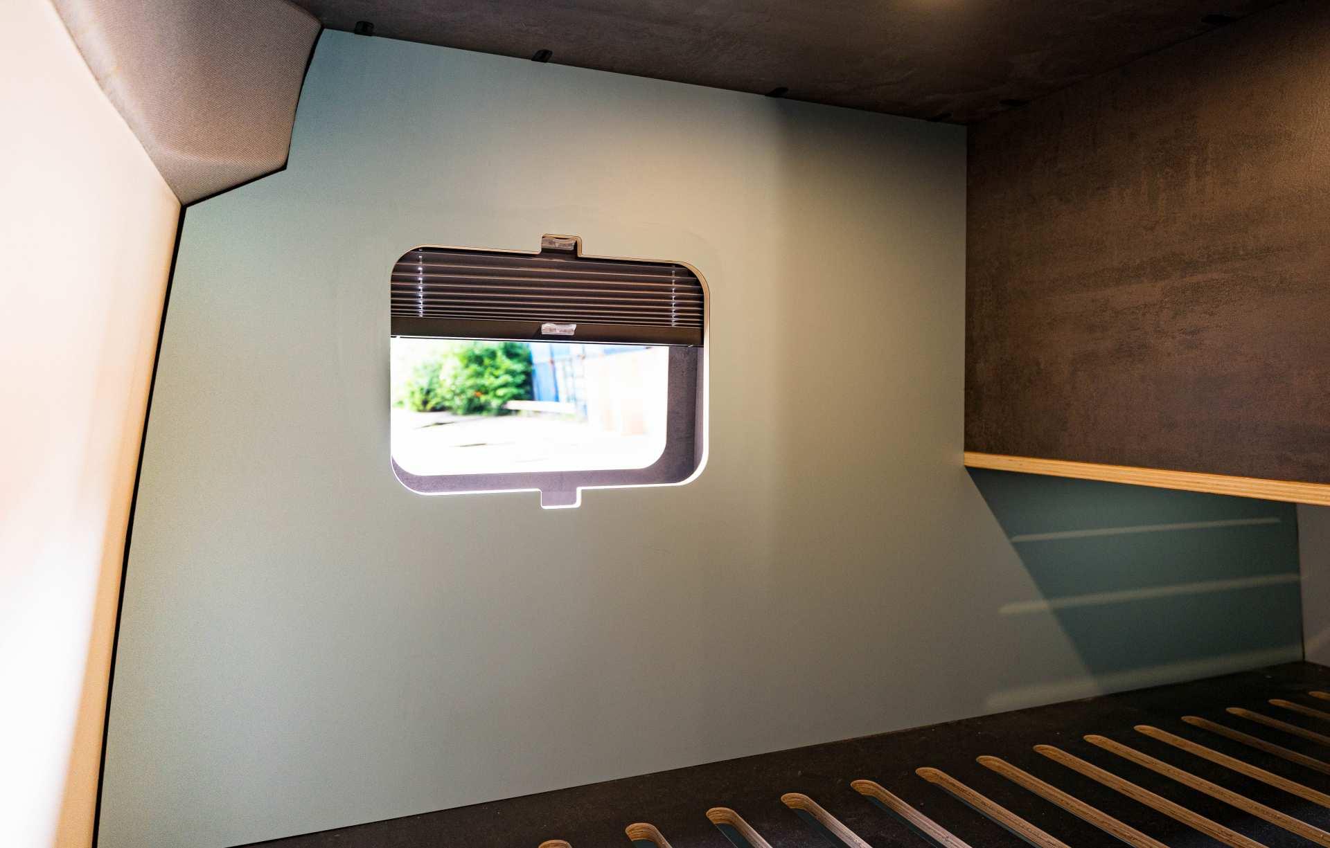 Individualausbau: Full House VW Crafter - 16