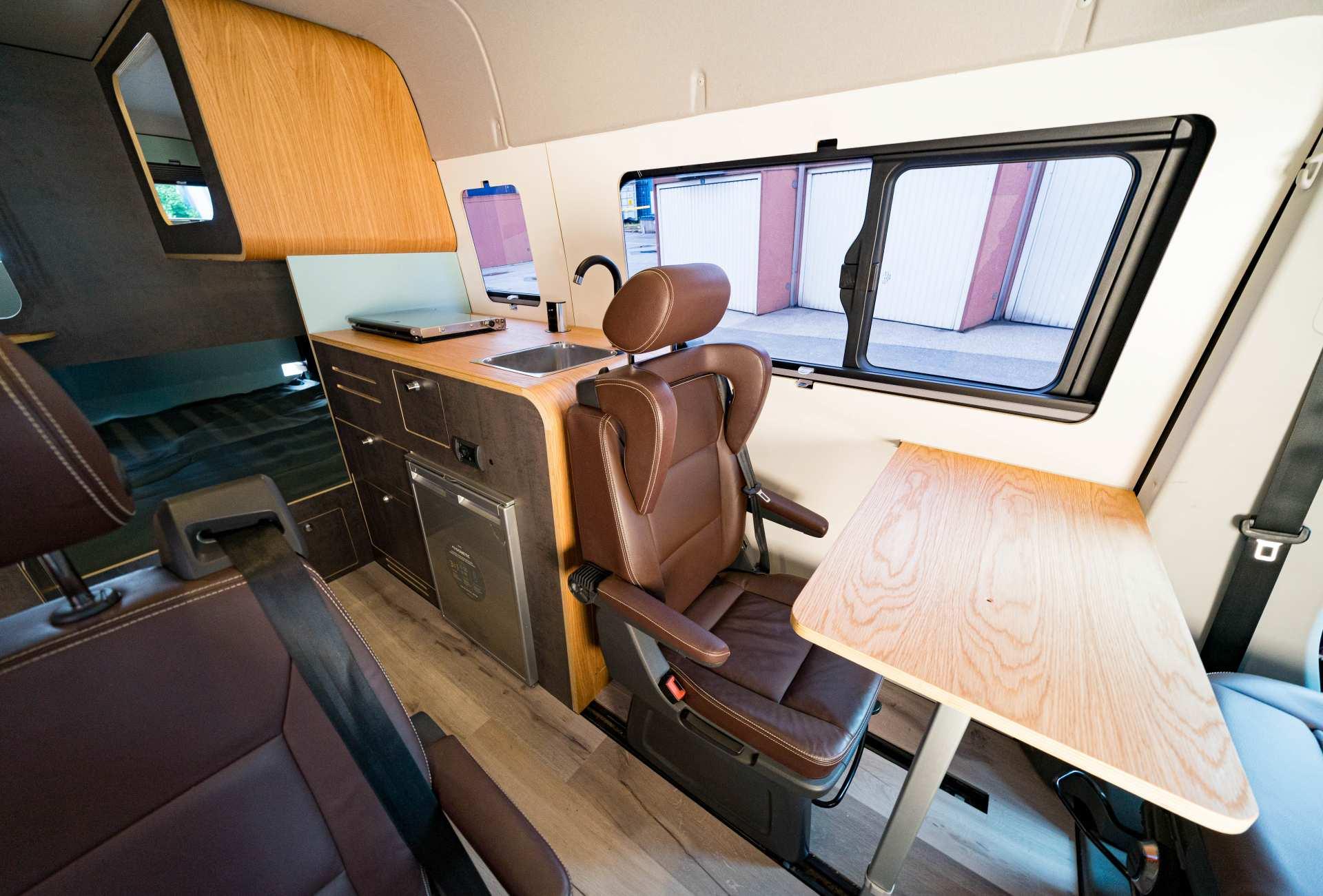 Individualausbau: Full House VW Crafter - 5