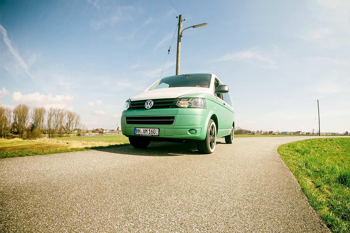 Bild 2: Volkswagen T5 Transporter Kombi