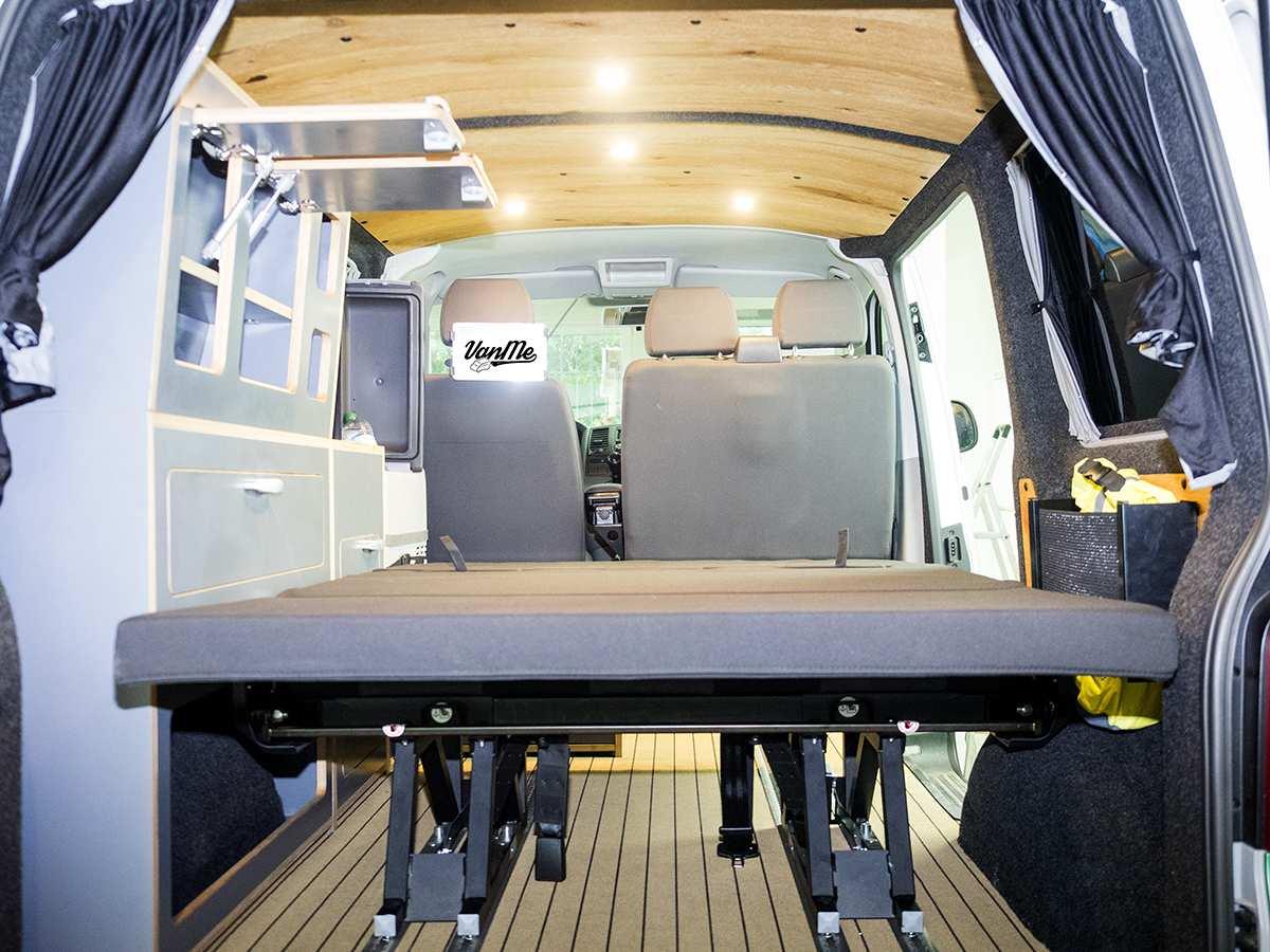 Bild 15: Volkswagen T5 Transporter Kombi