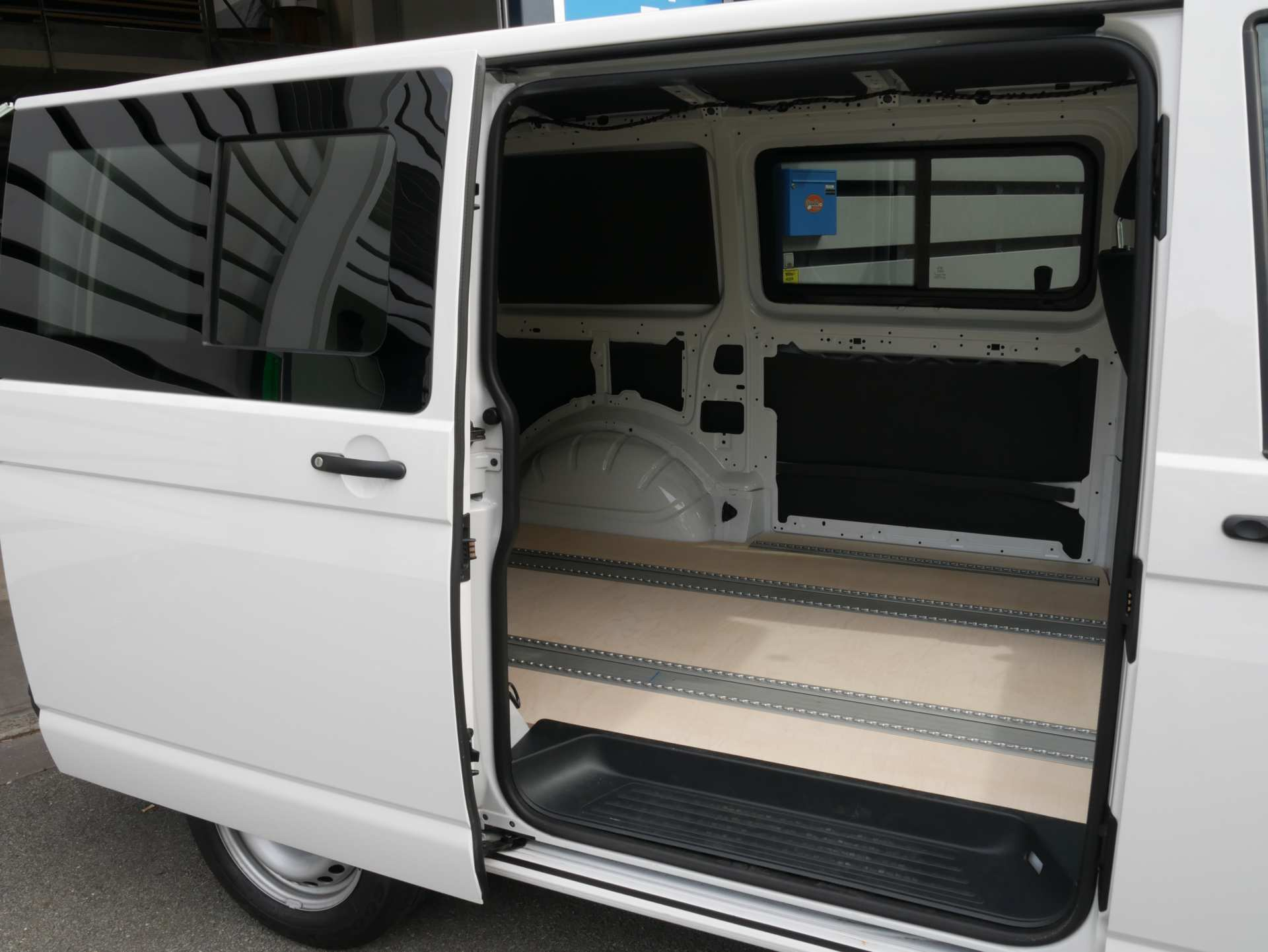 Bild 12: Transporter T6 Kasten 2.0 TDI Bluemotion